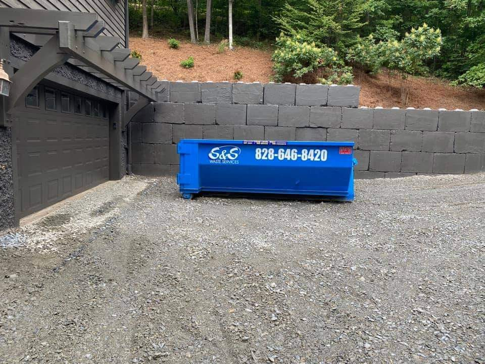 Residential Roll Off Dumpster Rentals